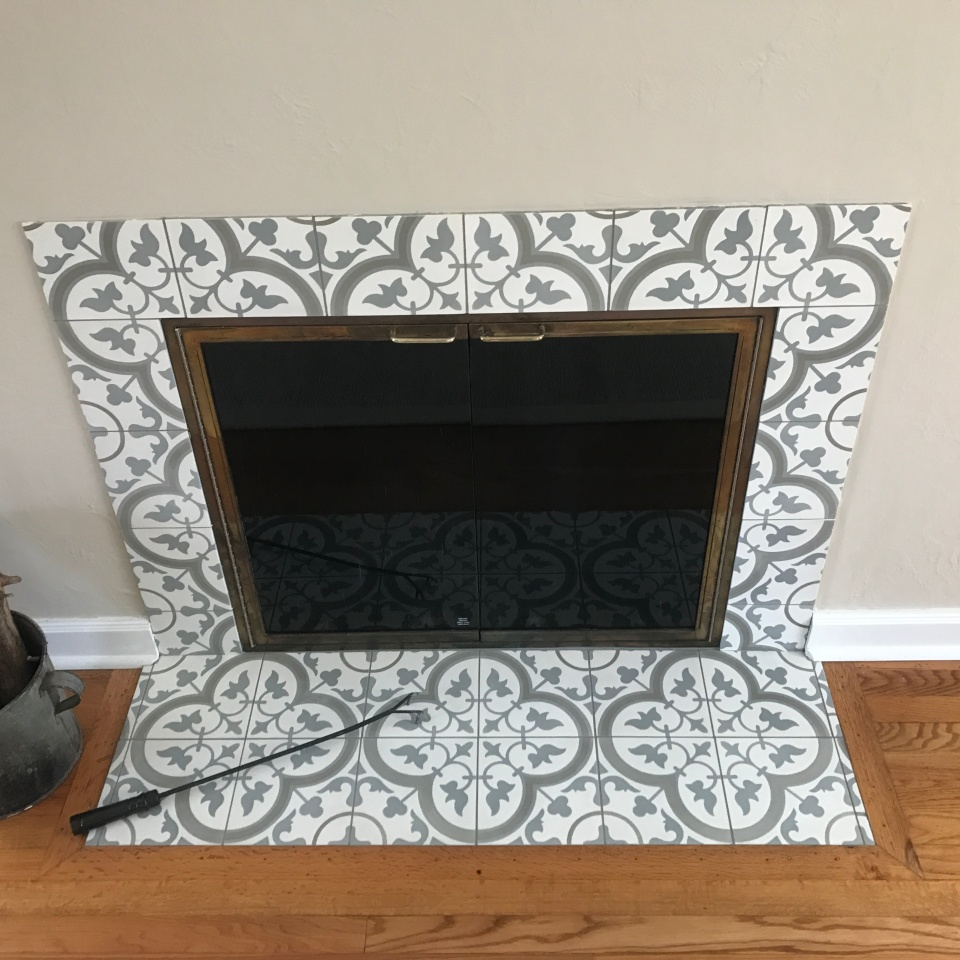 barr fireplace.JPG